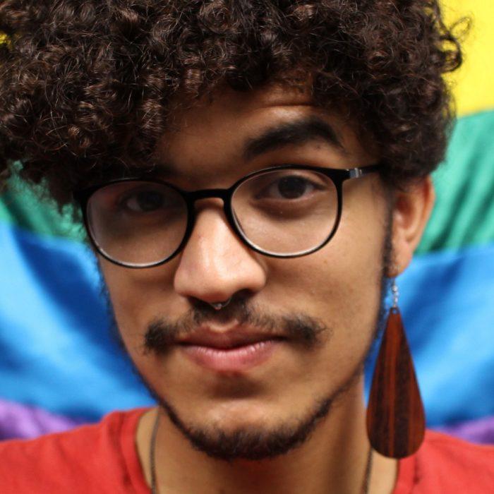 A influência traz grandes responsabilidades: uma conversa com Murilo Araújo, gay, preto e cristão.